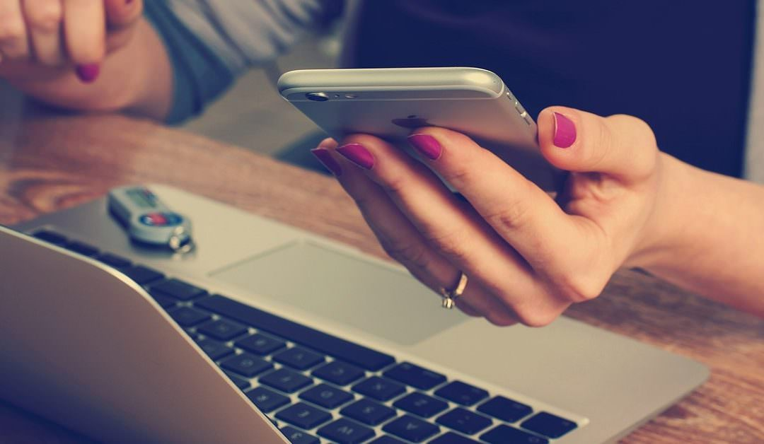 Criar um site gratuito ou comprar um site personalizado?